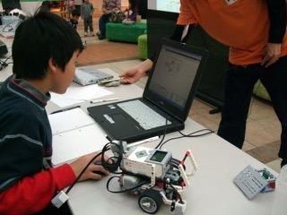 少年少女ロボット教室 ~ロボットをつくって動かそう~